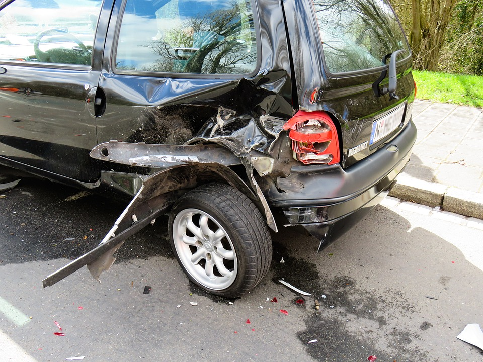 What to do if you have a car accident in Greece %